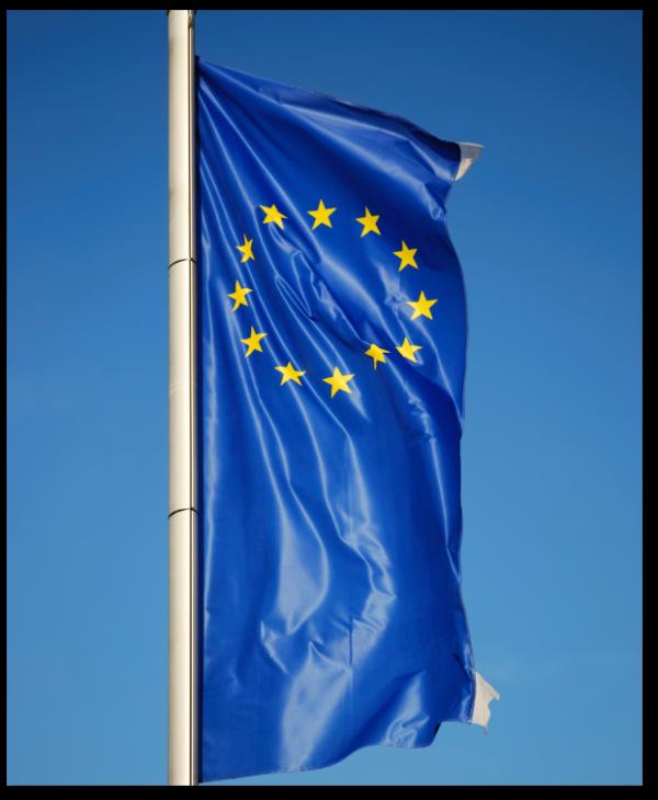 european-flag-P5B2CVM